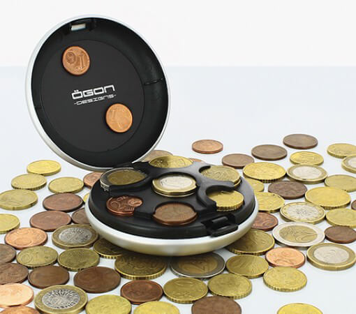 Coin dispenser: practical and innovative