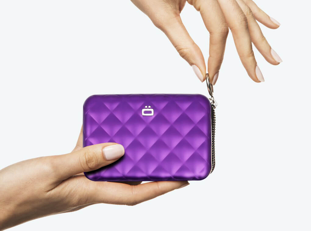 Quilted Zipper Card case / Purple