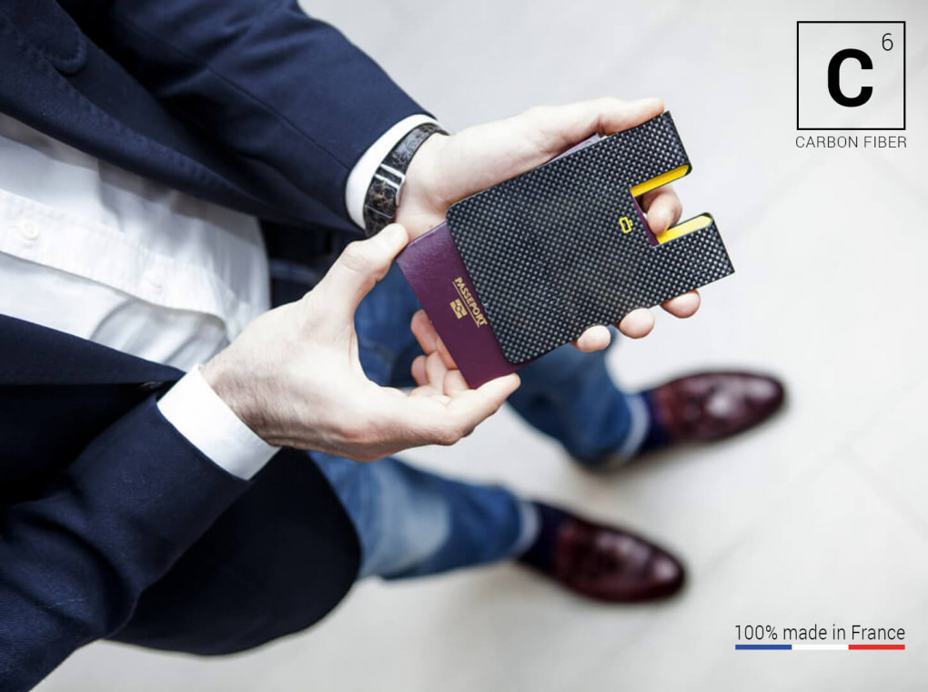 Wallet Carbon Passport Clip