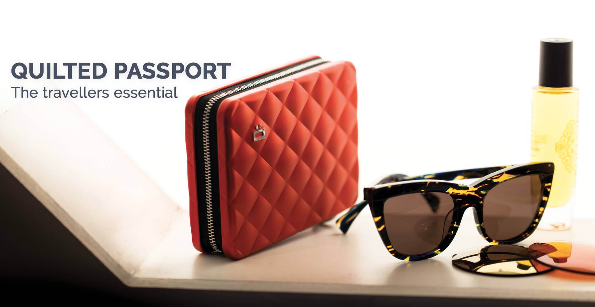 Ögon Designs - <strong>QUILTED PASSPORT</strong>